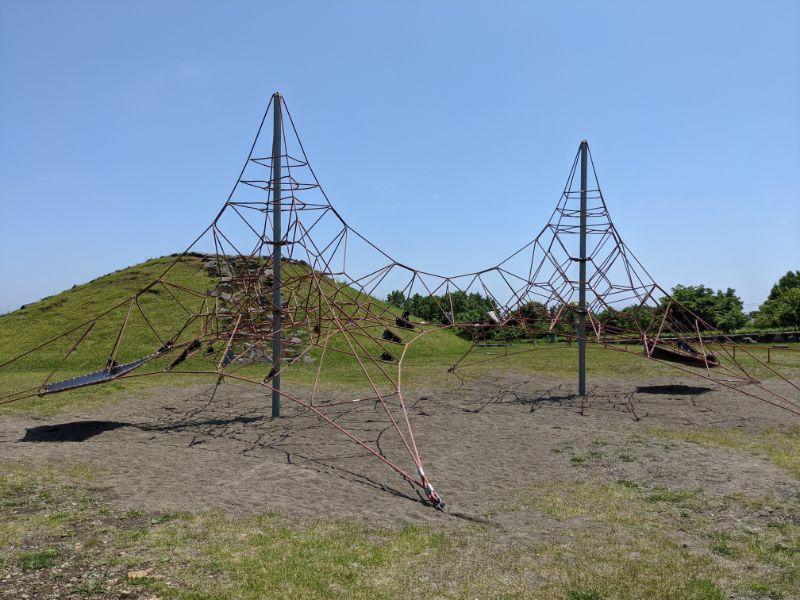 だんパラ公園の2連ロープクライマー