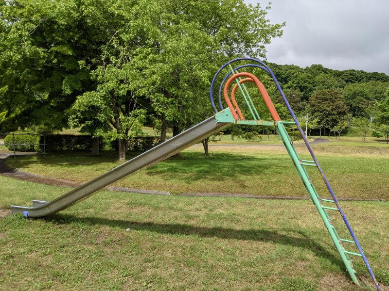 川上公園の滑り台