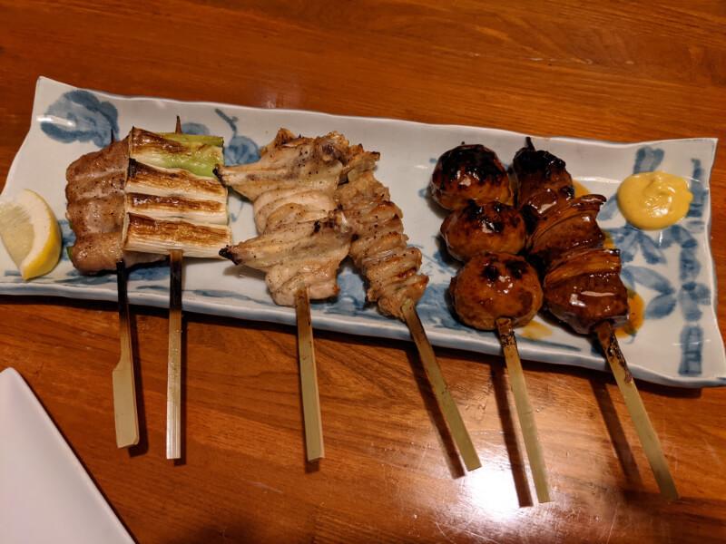 登別・居酒屋ろくもん銭のおまかせ串焼セット(6本)